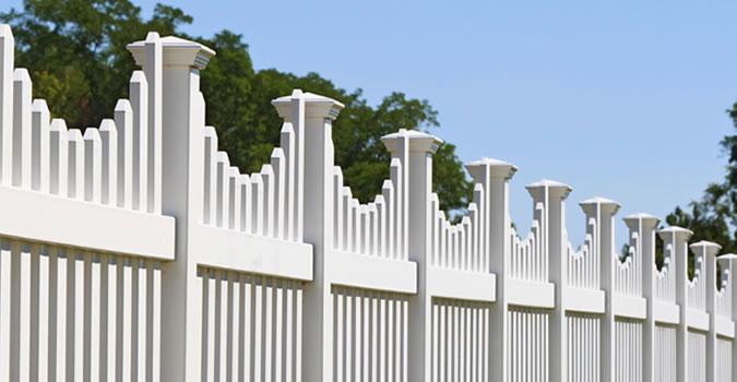 Fence Painting in Minneapolis Exterior Painting in Minneapolis